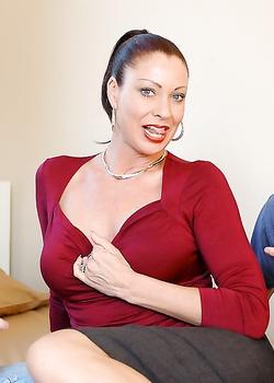 Сперма в зрелой, актрисы в эротических сценах