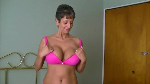 Women flashing tits while driving