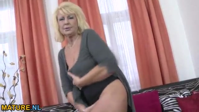 A lingerie black in Busty riding mature cock