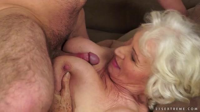 Wife huge cock vid