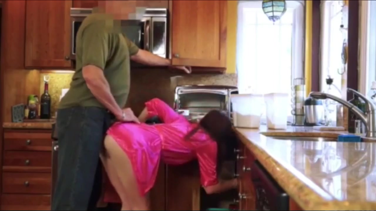 Step Daughter Seduces Father
