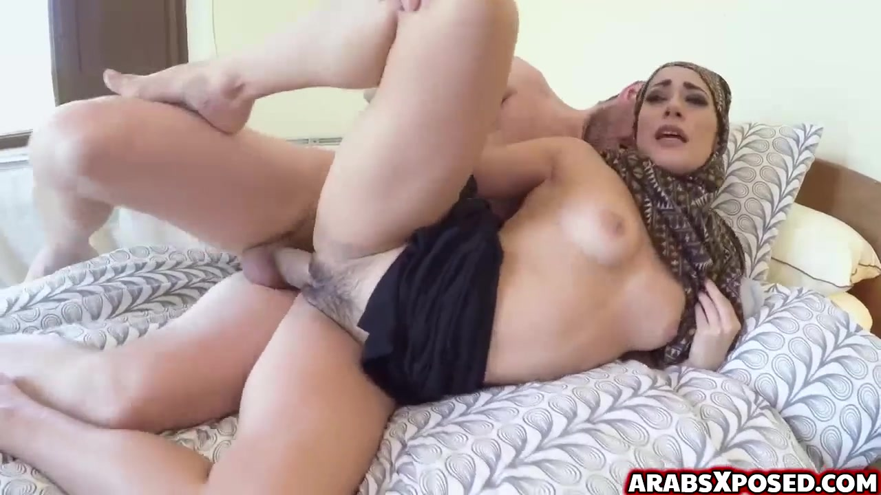 Mature arab pussy